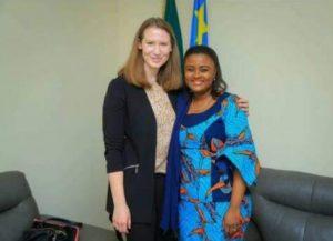 Diplomatie: La sénatrice Francine Muyumba et Zoe Oliver-Watts ont discuté sur le projet d'un parlement nouveau