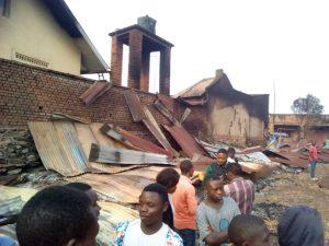 Butembo : Une école incendiée et une autre pillée par des inconnus
